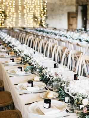写真:テーブルセット